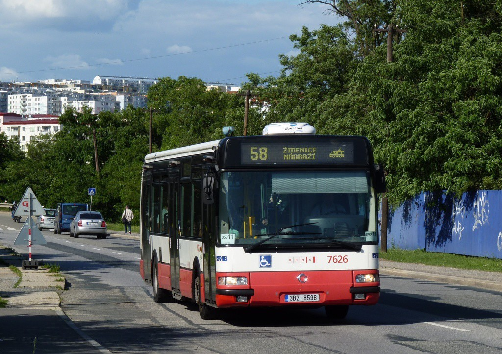 Fotogalerie » Irisbus Citybus 12M 2071.40 3B2 8598 7626 | Brno | Líšeň | Křtinská