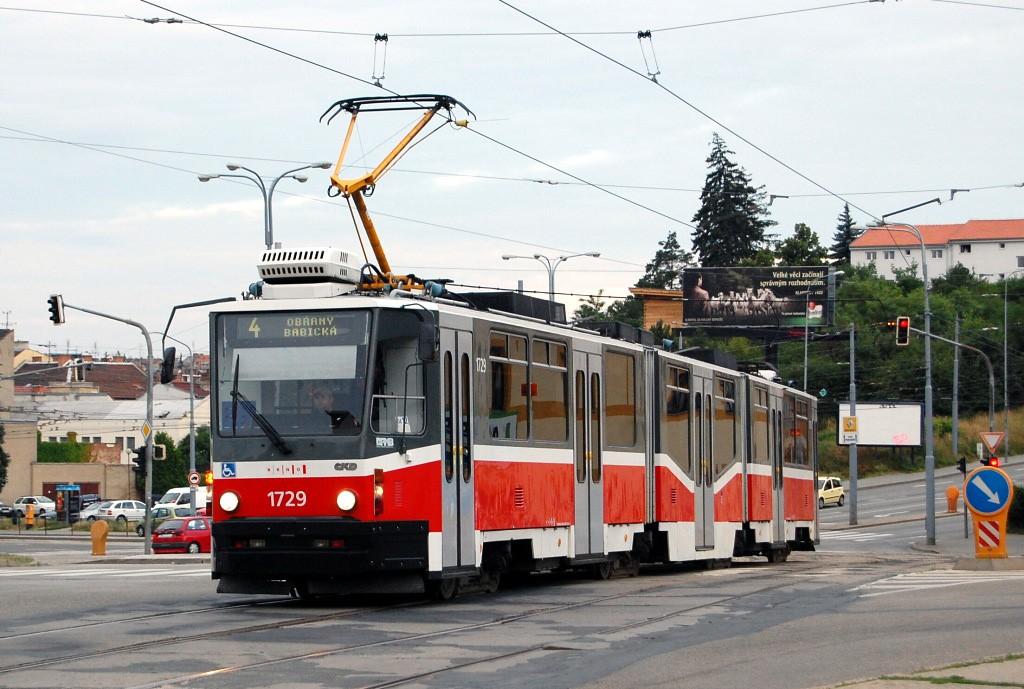 Fotogalerie » ČKD Tatra KT8D5N 1729 | Brno | Husovice | Tomkovo náměstí | Tomkovo náměstí