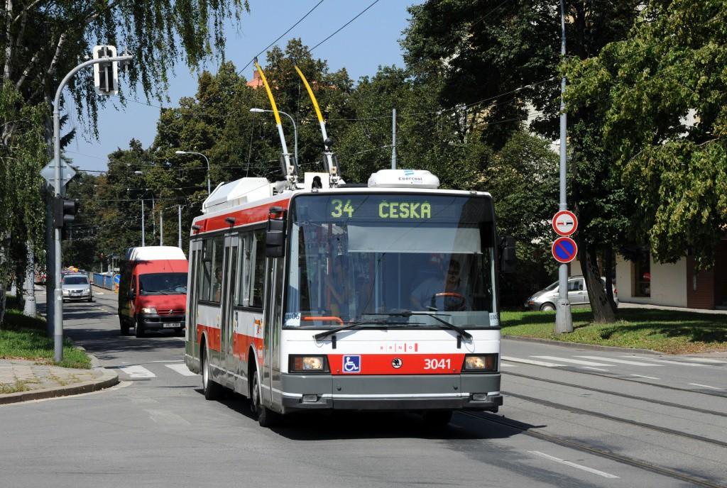 Fotogalerie » Škoda 21TrIGCT 3041 | Brno | Veveří | Kounicova