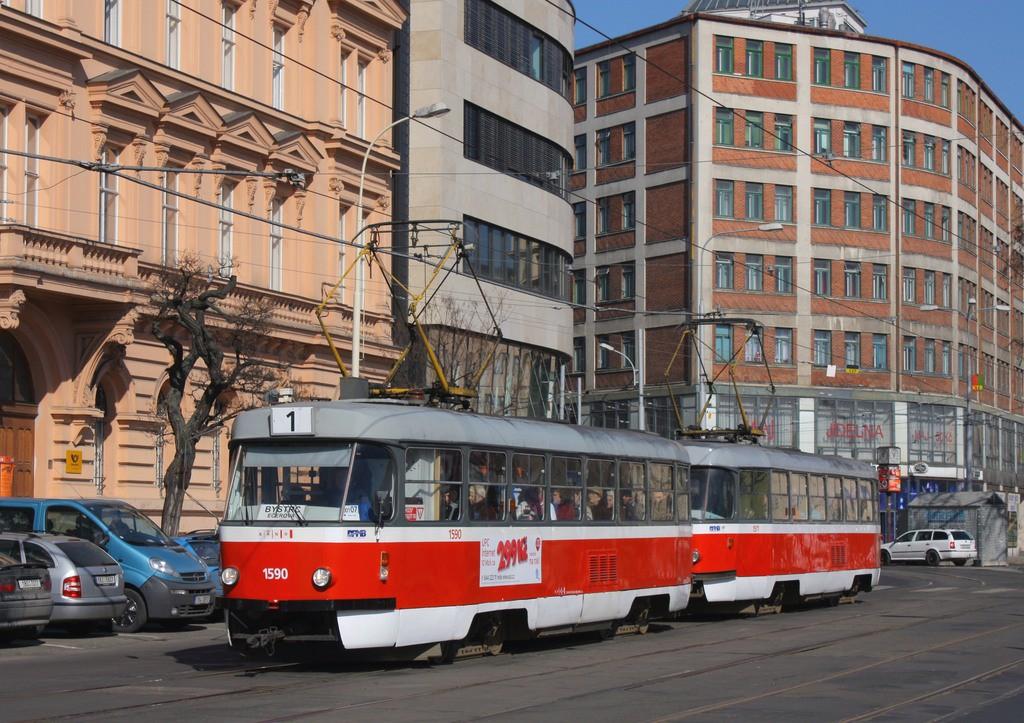 Fotogalerie » ČKD Tatra T3 1590 | ČKD Tatra T3 1511 | Brno | střed | Benešova