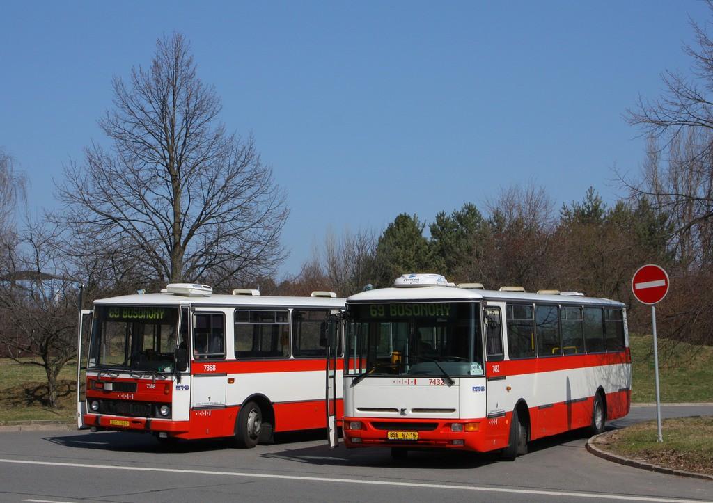 Fotogalerie » Karosa B931.1675 BSE 67-15 7432 | Karosa B732.1654.3 BSC 39-60 7388 | Brno | Bohunice | Ukrajinská | Ukrajinská