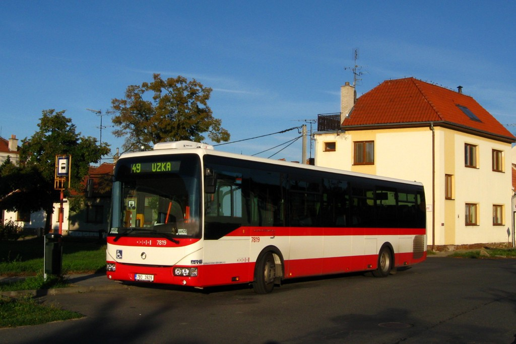 Fotogalerie » Irisbus Crossway LE 12M 7B3 3929 7819 | Brno | Přízřenice | Břeclavská | Přízřenice smyčka