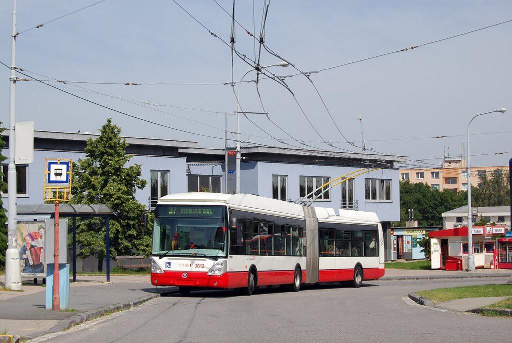 Fotogalerie » Škoda 25Tr Citelis 1B 3612 | Brno | Kohoutovice | Libušina třída | Jírovcova