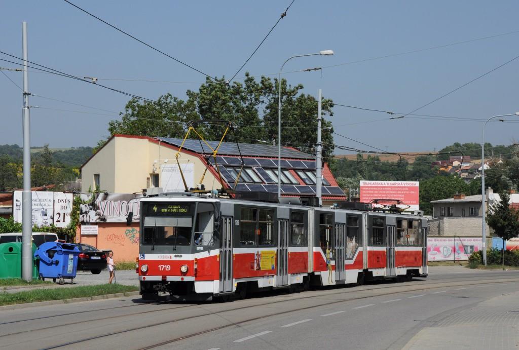 Fotogalerie » ČKD Tatra KT8D5R.N2 1719 | Brno | Maloměřice | Obřanská