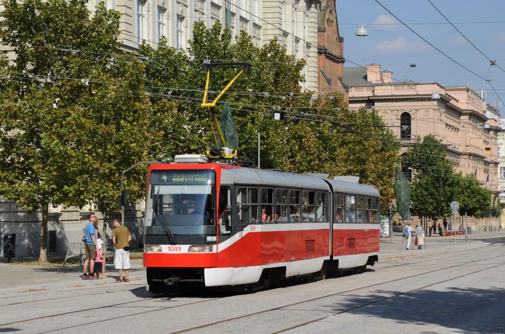 Fotogalerie » ČKD Tatra K2R03-P 1049 | Brno | střed | Joštova | Komenského Náměstí