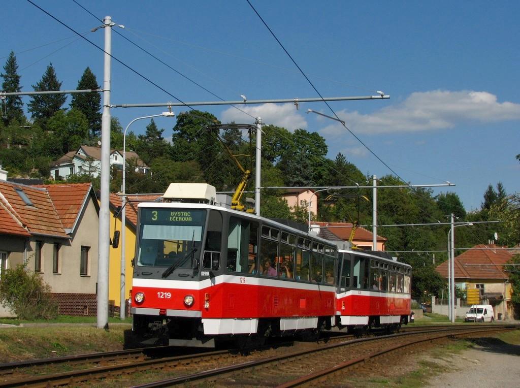 Fotogalerie » ČKD DS T6A5 1219 | ČKD DS T6A5 1220 | Brno | Komín | Branka