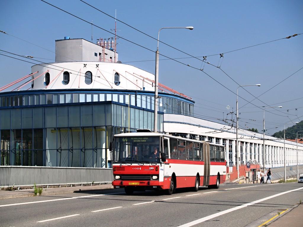 Fotogalerie » Karosa B741.1916 BSC 29-60 2303 | Brno | Komín | Veslařská