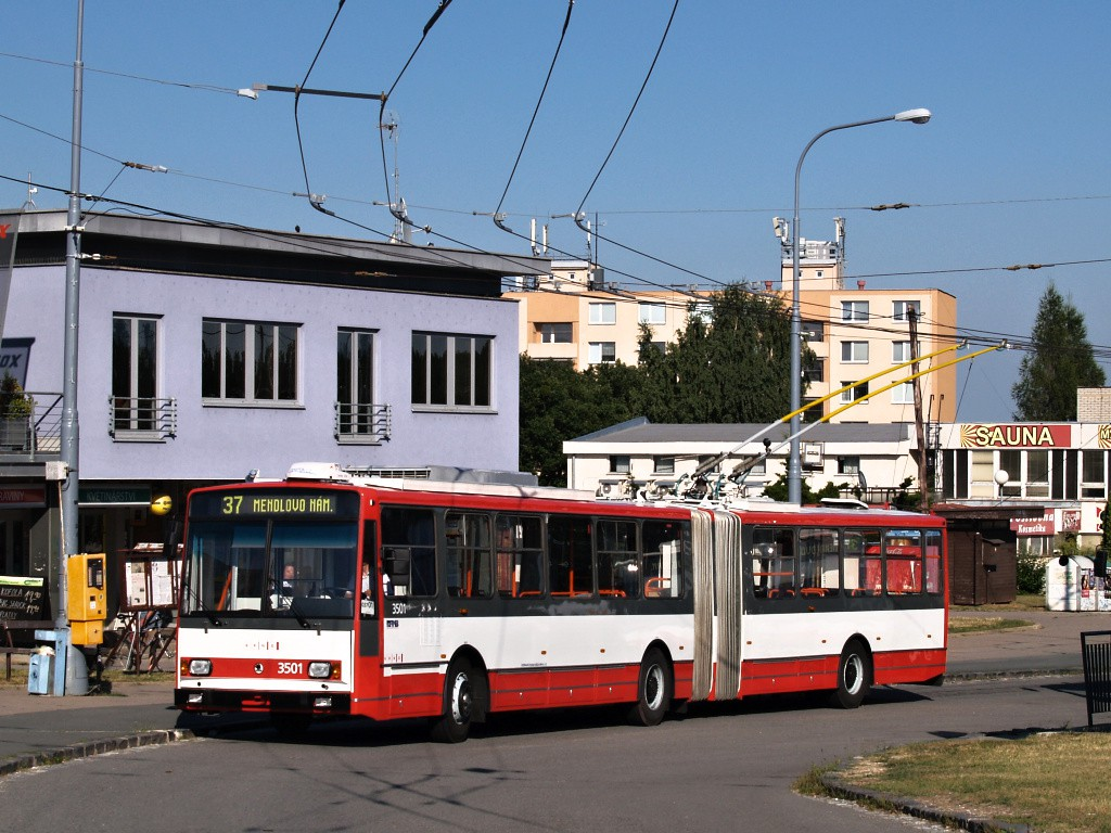 Fotogalerie » Škoda 15TrM 3501 | Brno | Kohoutovice | Jírovcova, smyčka