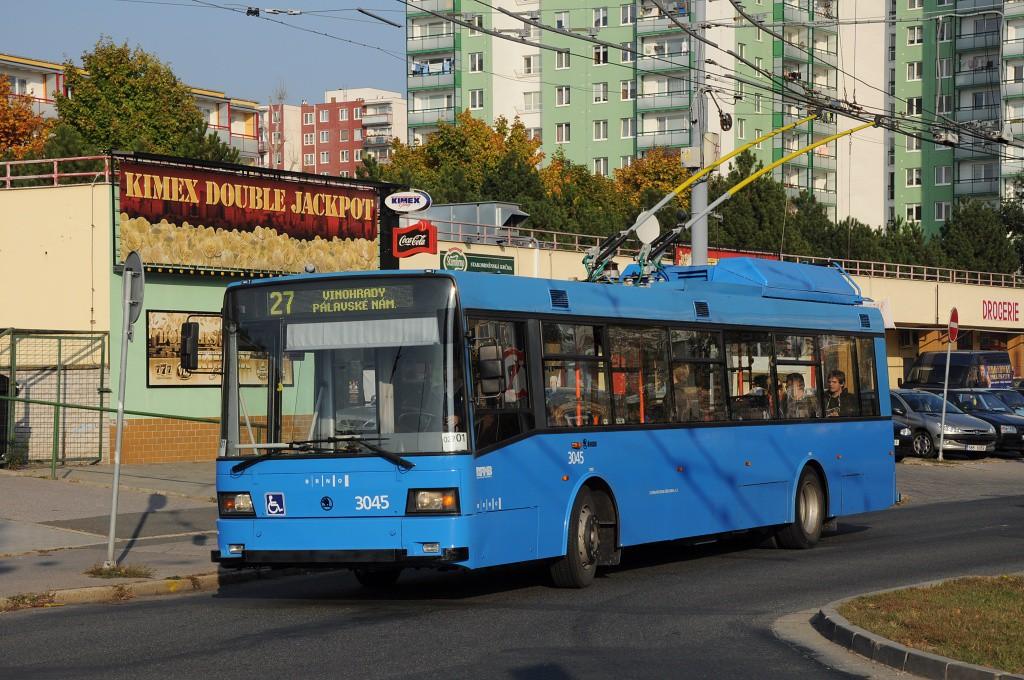 Fotogalerie » Škoda 21Tr 3045 | Brno | Vinohrady | Tvrdonická | Pálavské náměstí