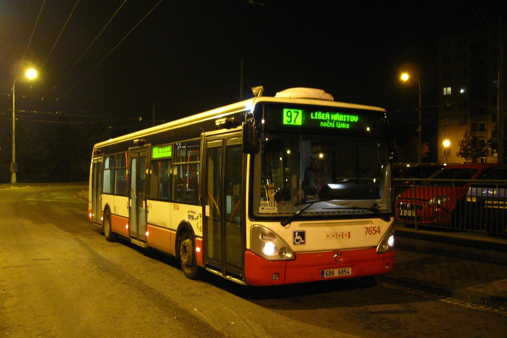 Fotogalerie » Irisbus Citelis 12M 6B6 6854 7654   Brno   Kohoutovice   Libušina třída   Jírovcova, smyčka