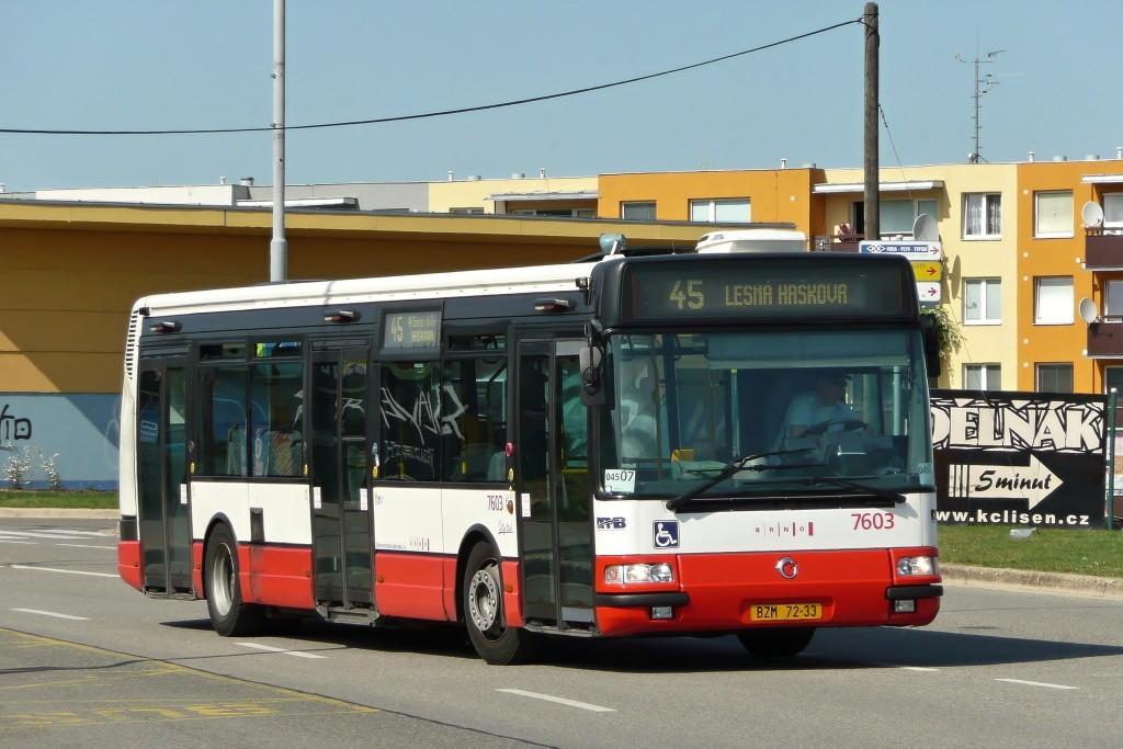 Fotogalerie » Irisbus Citybus 12M 2071.20 BZM 72-33 7603 | Brno | Líšeň | Novolíšeňská | Jírova
