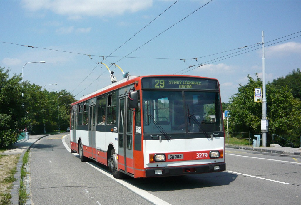 Fotogalerie » Škoda 14Tr17/6M 3279 | Brno | Kohoutovice | Libušina třída | Talichova