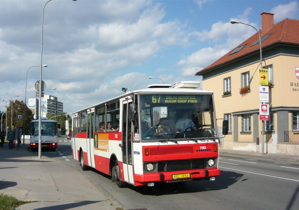 Fotogalerie » Karosa B732.1654.3 7382 | Brno | Komárov | Hněvkovského | Komárov