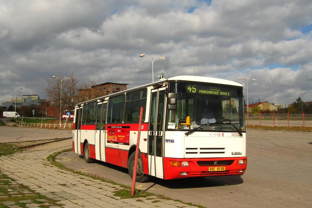 Fotogalerie » Karosa B931E.1707 BSE 83-59 7450   Brno   Líšeň   Trnkova   Zetor, smyčka