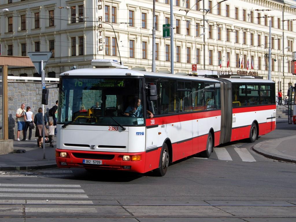 Fotogalerie » Karosa B961E.1970 2383 | Brno | střed | Nádražní | Hlavní nádraží