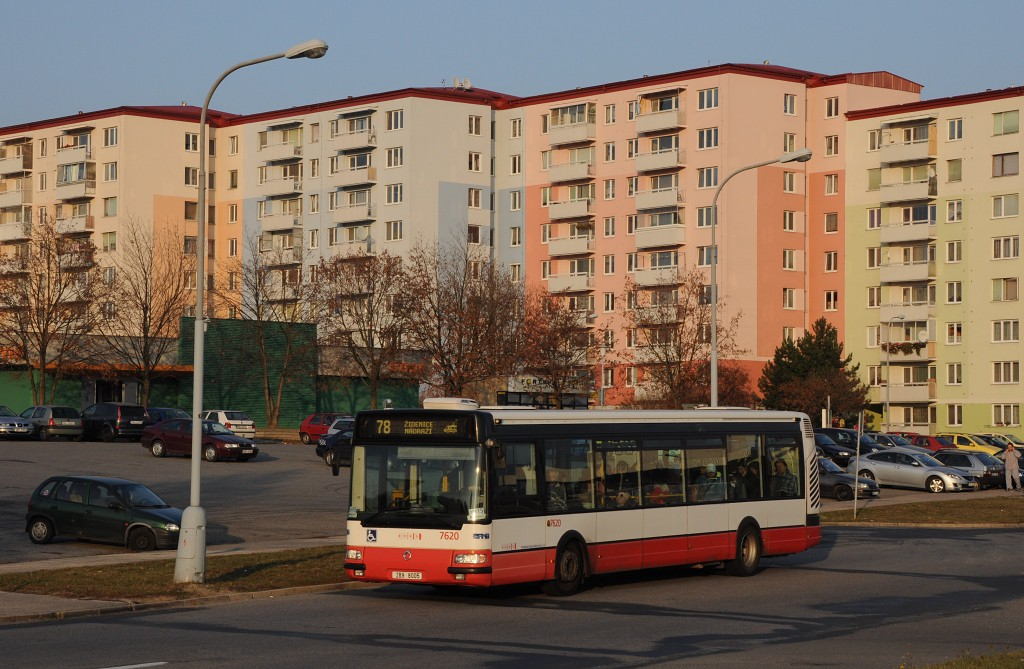 Fotogalerie » Irisbus Citybus 12M 2071.40 2B9 8005 7620 | Brno | Líšeň | Sedláčkova