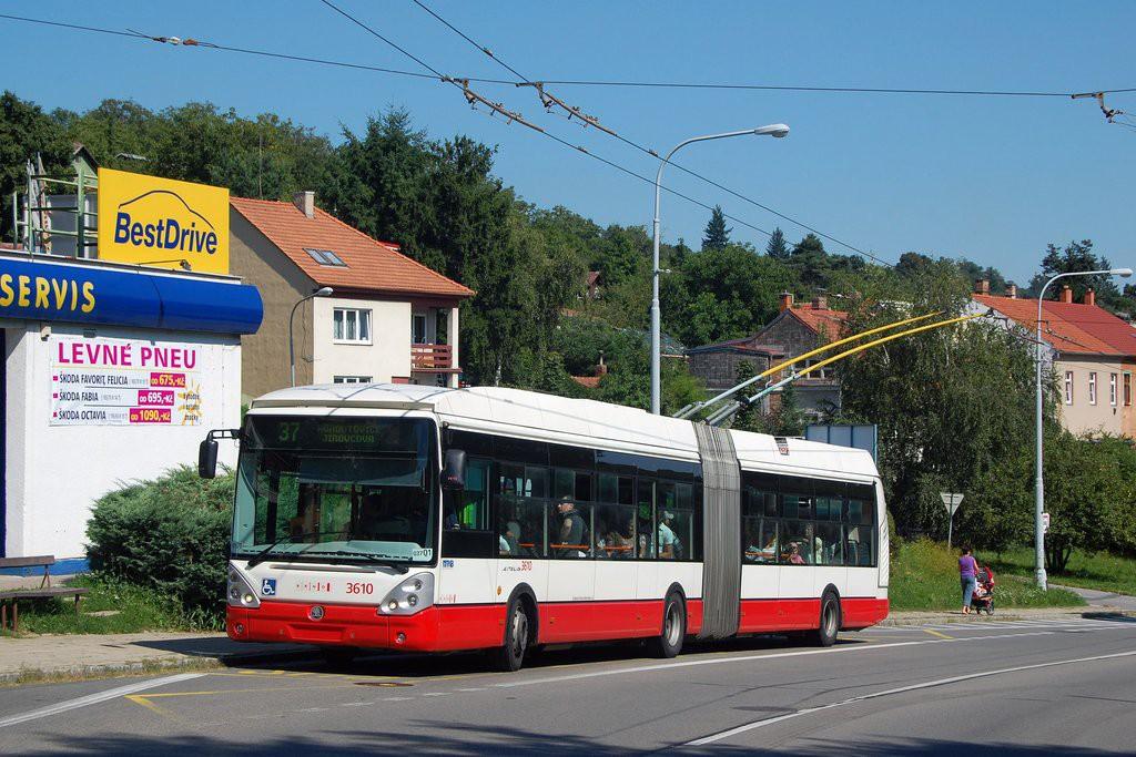 Fotogalerie » Škoda 25Tr Citelis 1B 3610 | Brno | Kohoutovice | Libušino údolí | Libušina třída