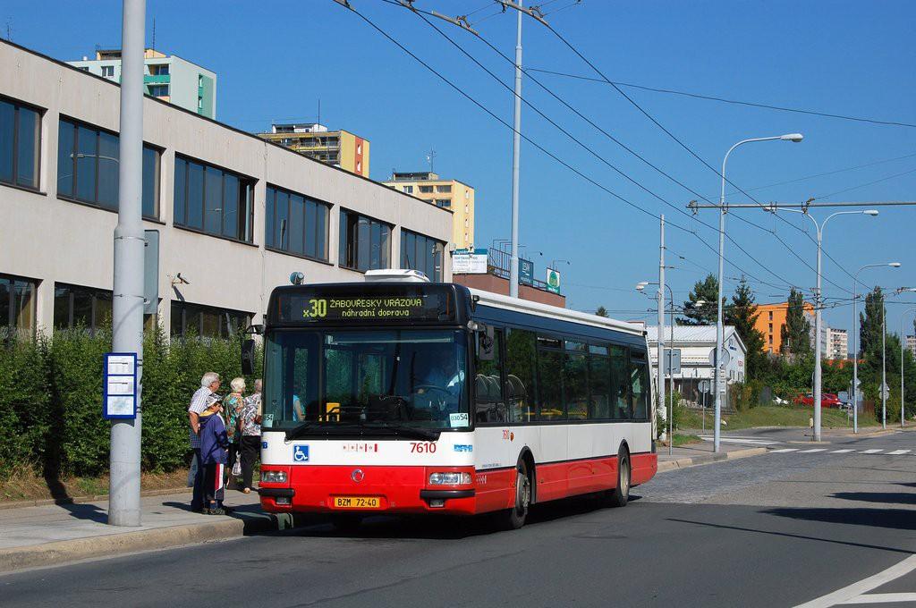 Fotogalerie » Irisbus Citybus 12M 2071.20 BZM 72-40 7610   Brno   Královo Pole   Budovcova   Královo Pole, nádraží
