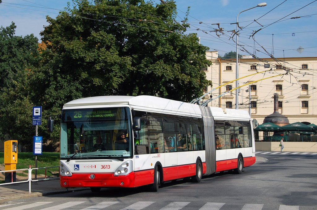 Fotogalerie » Škoda 25Tr Citelis 1B 3613 | Brno | Staré Brno | Mendlovo náměstí | Mendlovo náměstí