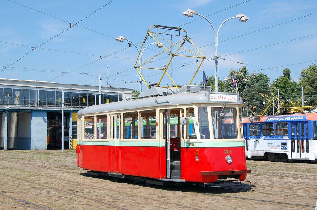 Fotogalerie » SBEPD 4MT hist. DPMB 4058 | Brno | vozovna Pisárky