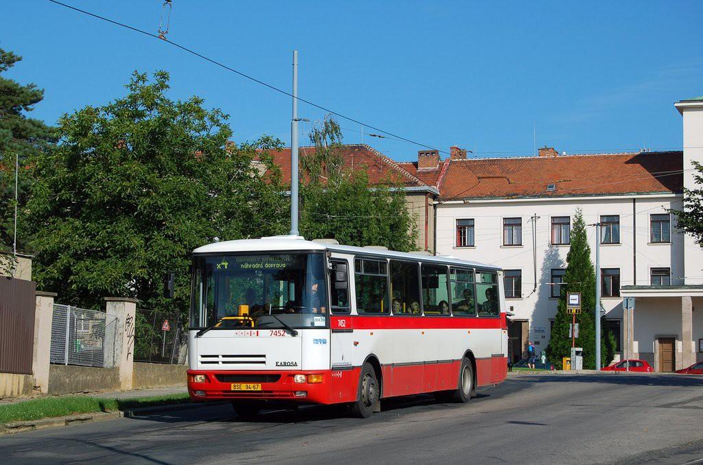 Fotogalerie » Karosa B931E.1707 BSE 94-67 7452 | Brno | Masarykova Čtvrť | náměstí Míru