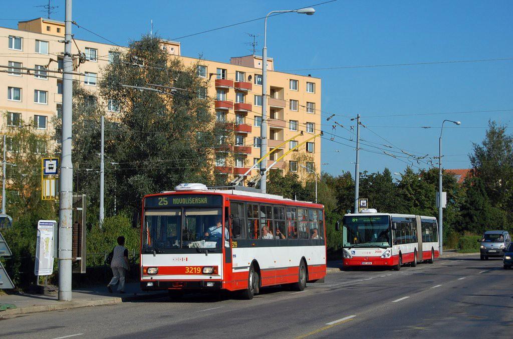 Fotogalerie » Škoda 14TrR 3219 | Brno | Židenice | Svatoplukova | Stará Osada