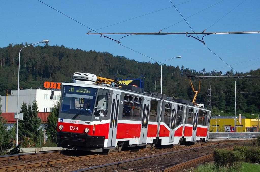 Fotogalerie » ČKD Tatra KT8D5N 1729   Brno   Komín   Kníničská