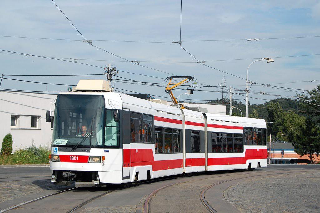 Fotogalerie » ČKD DS RT6N1 1801 | Brno | vozovna Medlánky