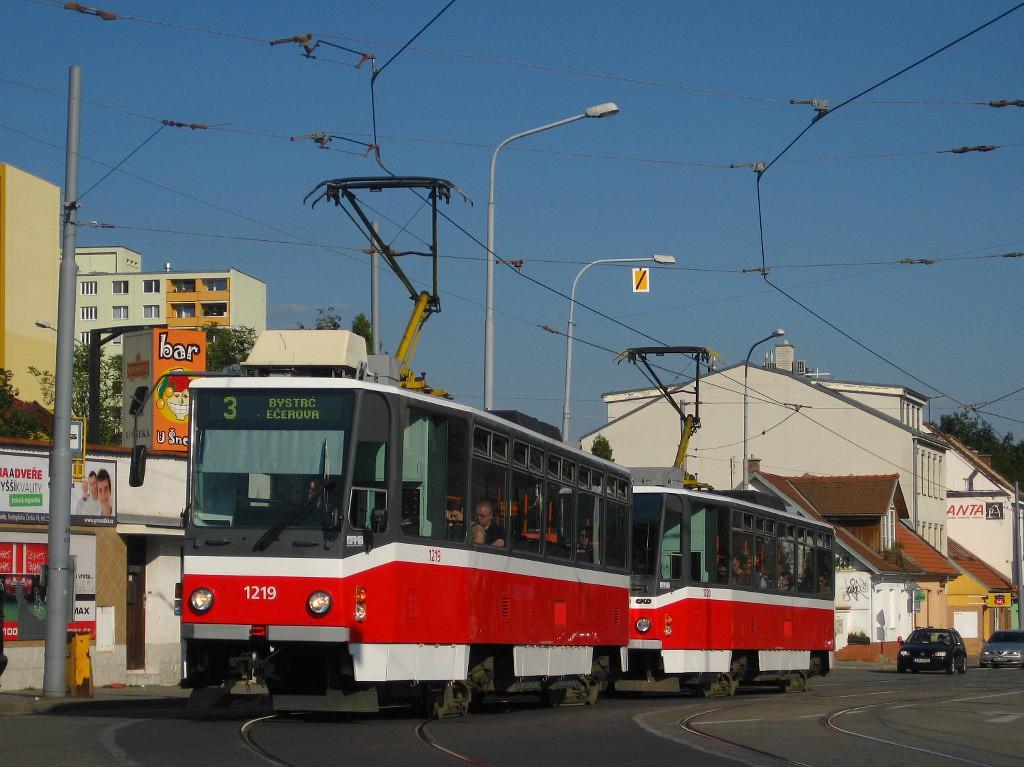 Fotogalerie » ČKD DS T6A5 1219 | ČKD DS T6A5 1220 | Brno | Žabovřesky | Rosického náměstí