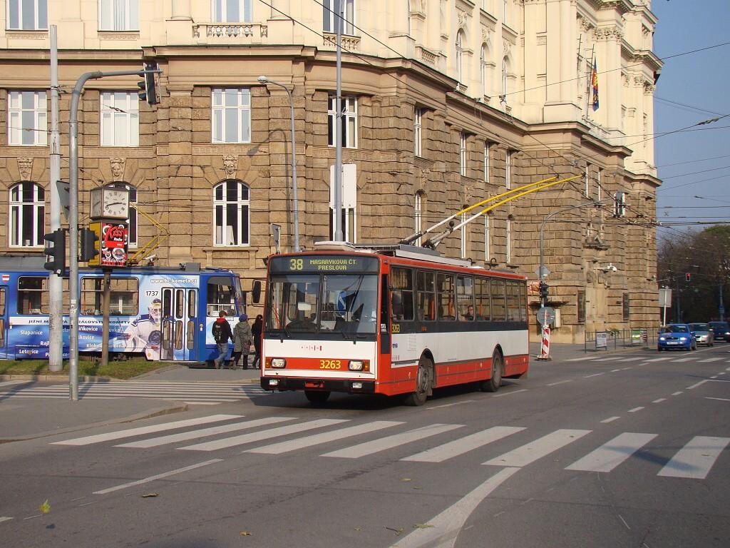 Fotogalerie » Škoda 14TrR 3263 | Brno | střed | Marešova