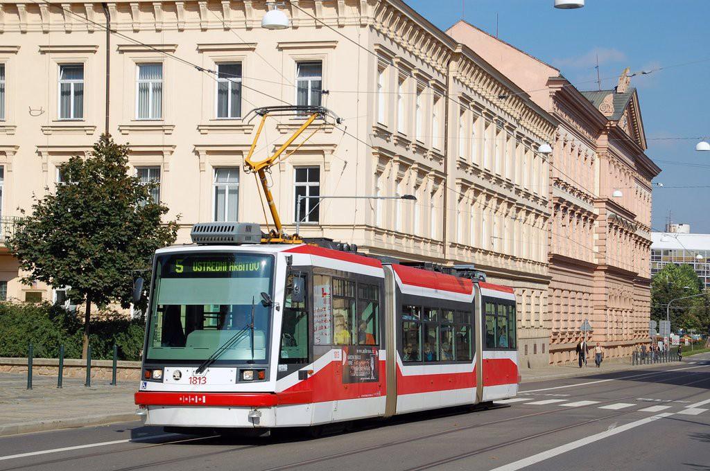Fotogalerie » Škoda 03T6 1813   Brno   střed   Husova