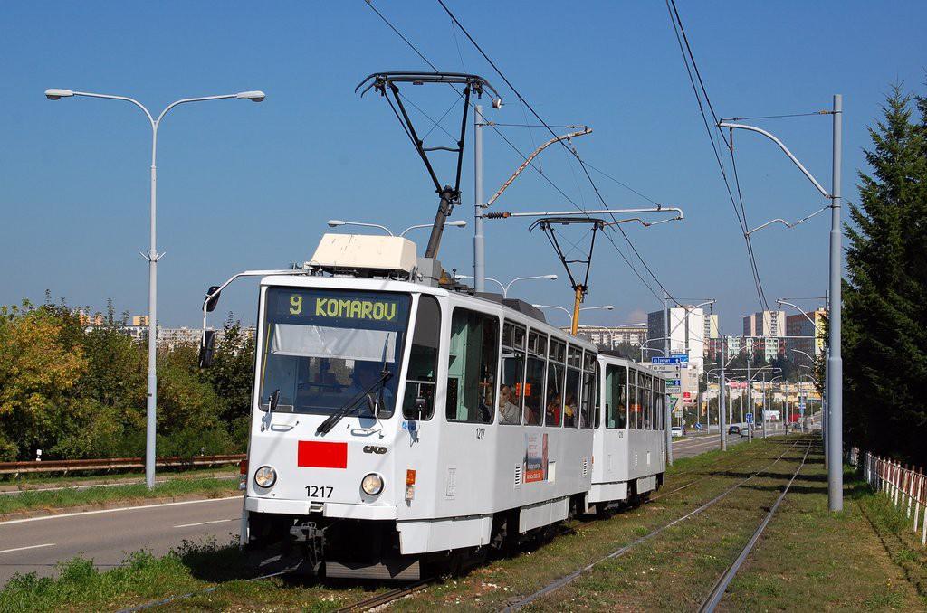 Fotogalerie » ČKD DS T6A5 1217 | ČKD DS T6A5 1218 | Brno | Černá Pole | třída Generála Píky