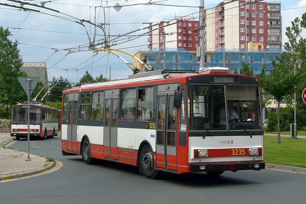 Fotogalerie » Škoda 14Tr10/6 3235 | Brno | Vinohrady | Pálavské náměstí