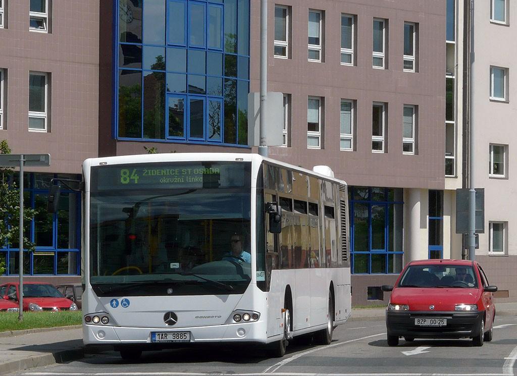 Fotogalerie » Mercedes-Benz Conecto 12M 1AR 9885 2713 | Brno | Staré Brno | Poříčí