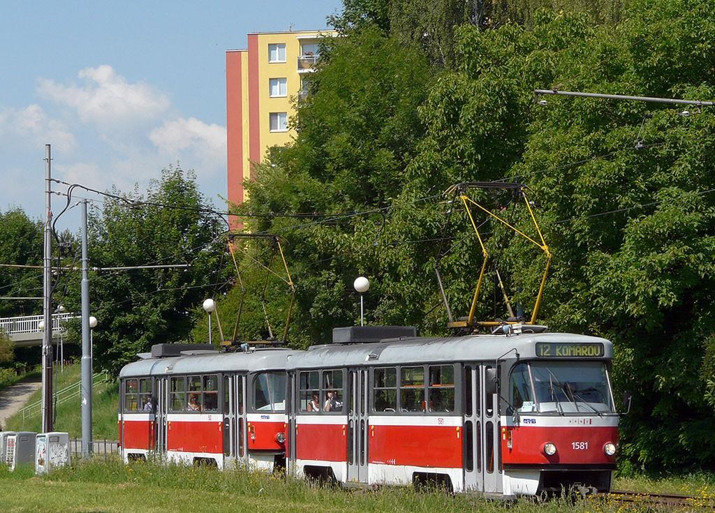 Fotogalerie » ČKD Tatra T3M 1581   ČKD Tatra T3M 1582   Brno   Bohunice