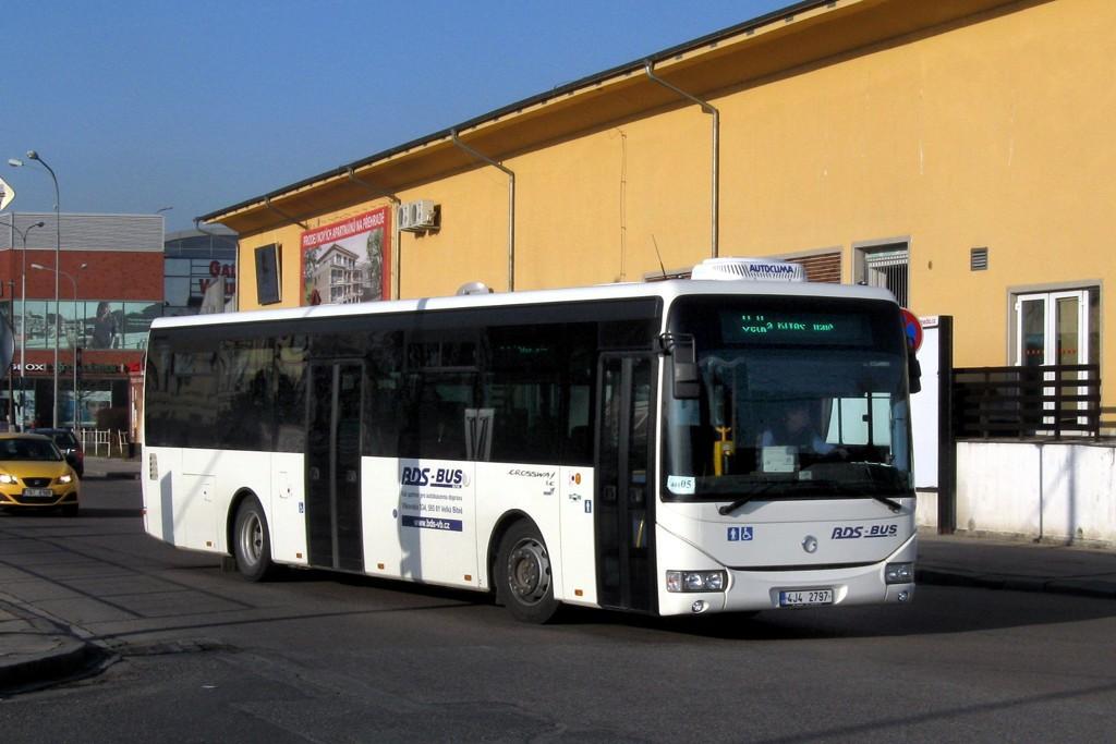Fotogalerie » Irisbus Crossway LE 12M 4J4 2797 | Brno | Trnitá | Trnitá | Autobusové nádraží Zvonařka