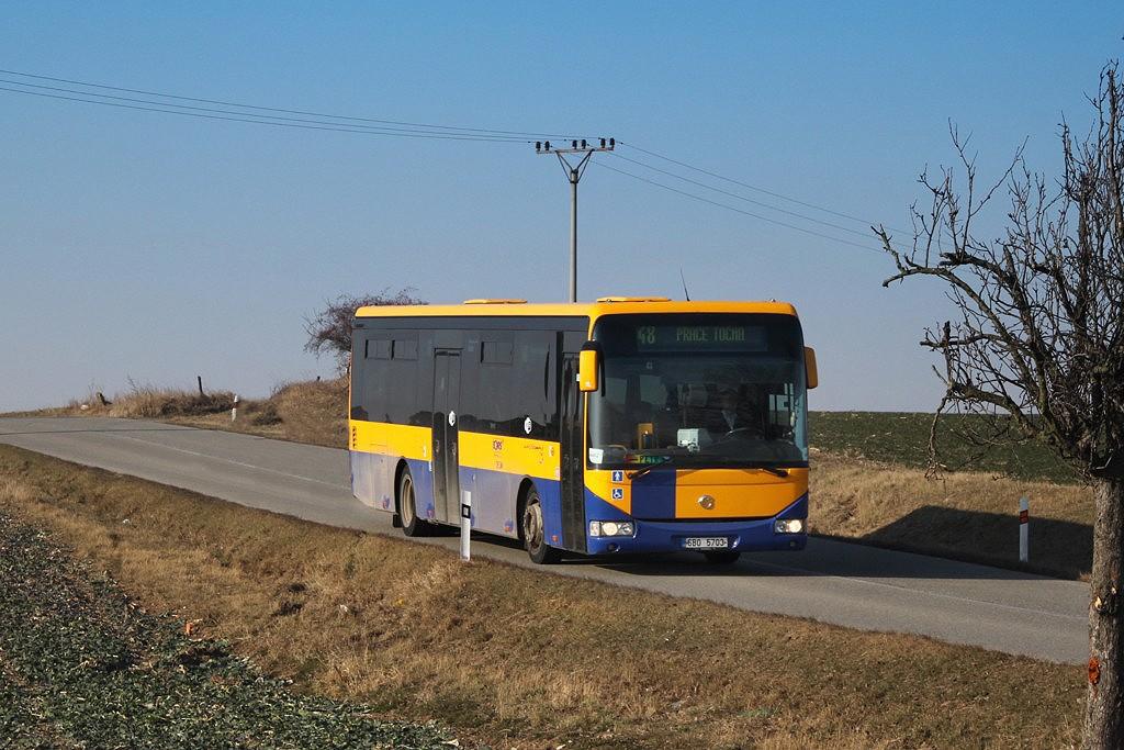 Fotogalerie » Irisbus Crossway LE 12M 6B0 5703 | Kobylnice | Kobylnice, Na rybníku