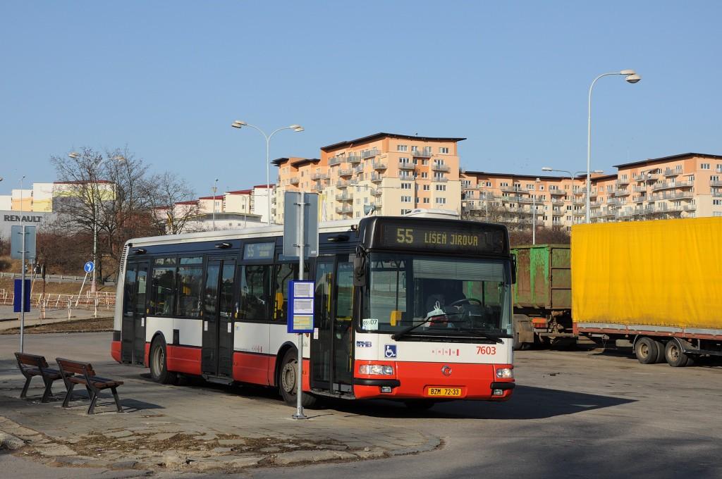 Fotogalerie » Irisbus Citybus 12M 2071.20 BZM 72-33 7603 | Brno | Líšeň | Trnkova | Zetor, smyčka