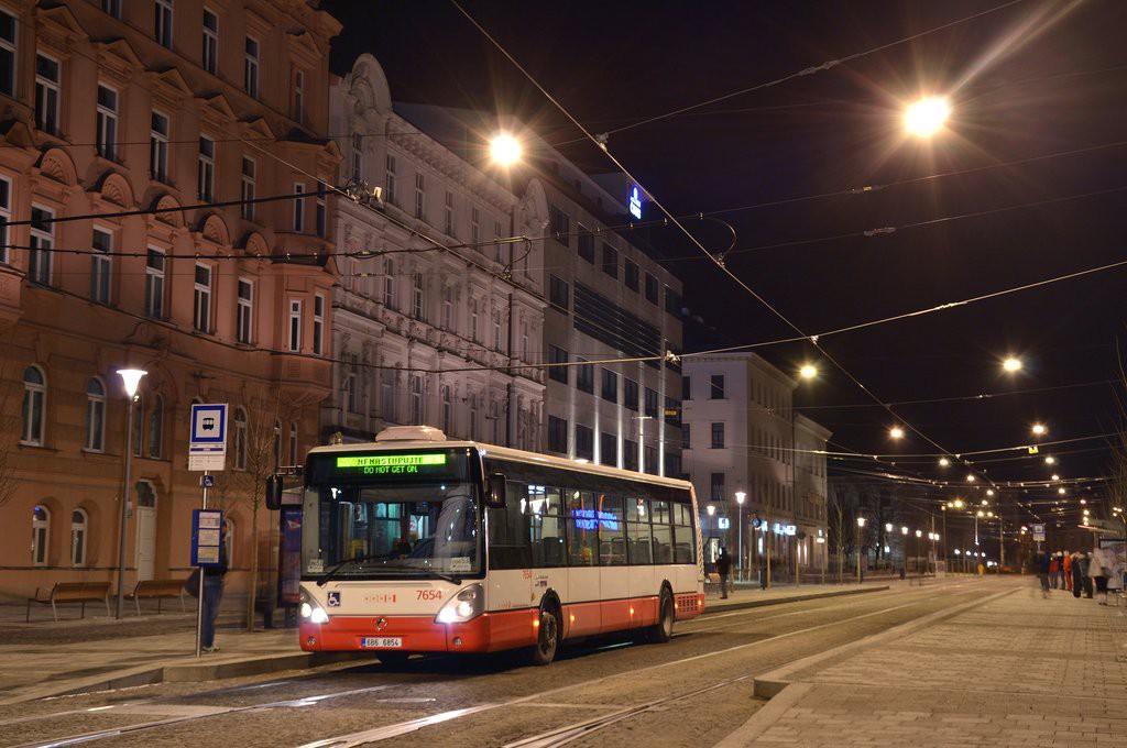 Fotogalerie » Irisbus Citelis 12M 6B6 6854 7654 | Brno | střed | Joštova | Česká