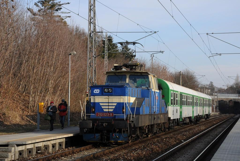 Fotogalerie » Škoda 210 210 023-8 | Brno | Lesná | Brno-Lesná