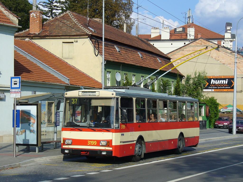 Fotogalerie » Škoda 14Tr07 3199 | Brno | Pisárky | Hlinky | Výstaviště, hlavní vstup