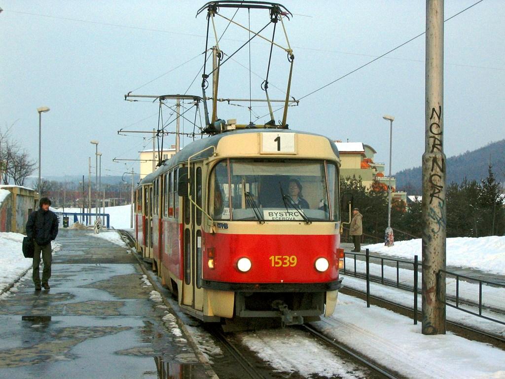 Fotogalerie » ČKD Tatra T3 1539   ČKD Tatra T3 1599   Brno   Bystrc   Ondrouškova