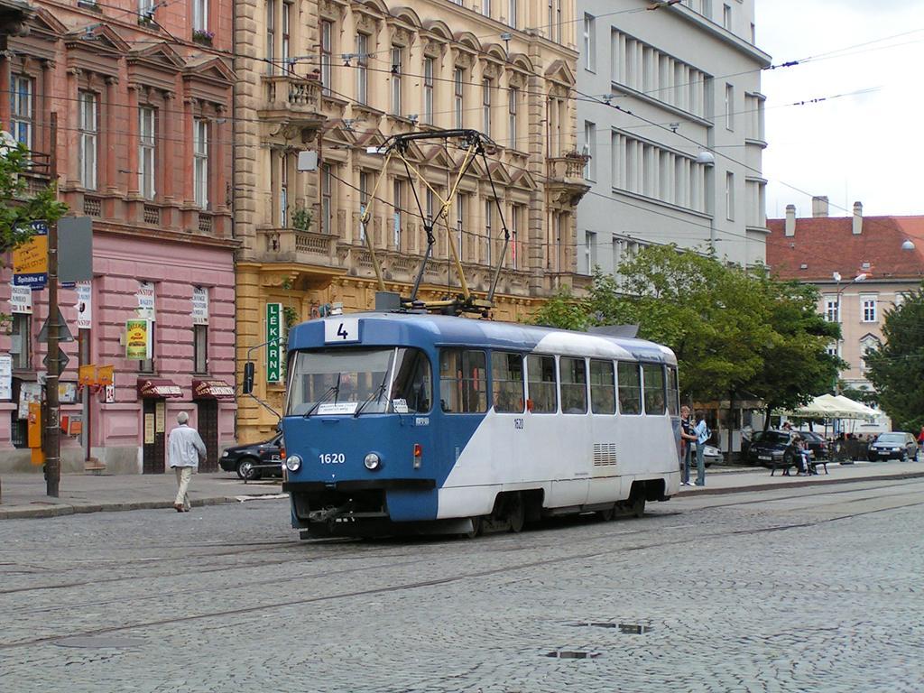 Fotogalerie » ČKD Tatra T3SUCS 1620 | Brno | střed | Joštova | Česká