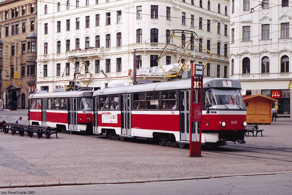 Fotogalerie » ČKD Tatra T3G 1635   ČKD Tatra T3G 1636   Brno   střed   náměstí Svobody   Náměstí Svobody