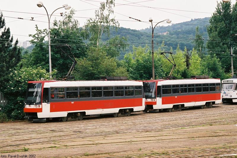 Fotogalerie » ČKD DS T3R 1667 | ČKD DS T3R 1668 | Brno | vozovna Pisárky