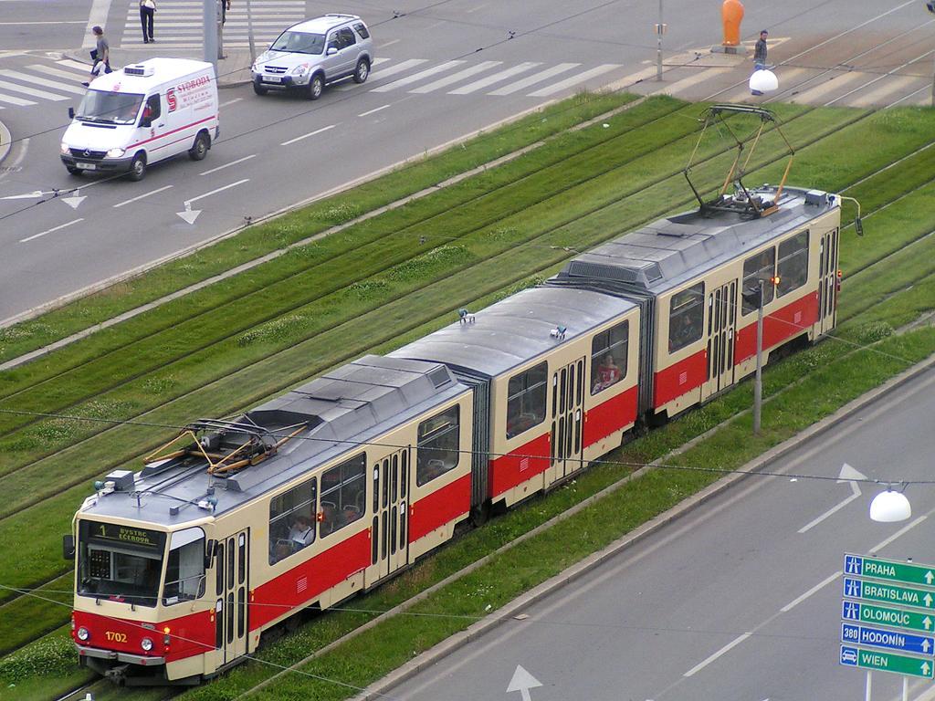 Fotogalerie » ČKD Tatra KT8D5 1702 | Brno | střed | Nové sady