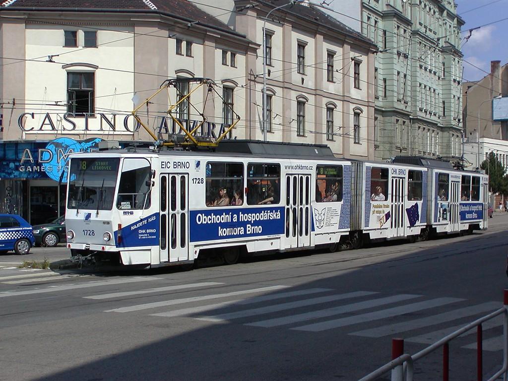 Fotogalerie » ČKD Tatra KT8D5SU 1728   Brno   Trnitá   Křenová