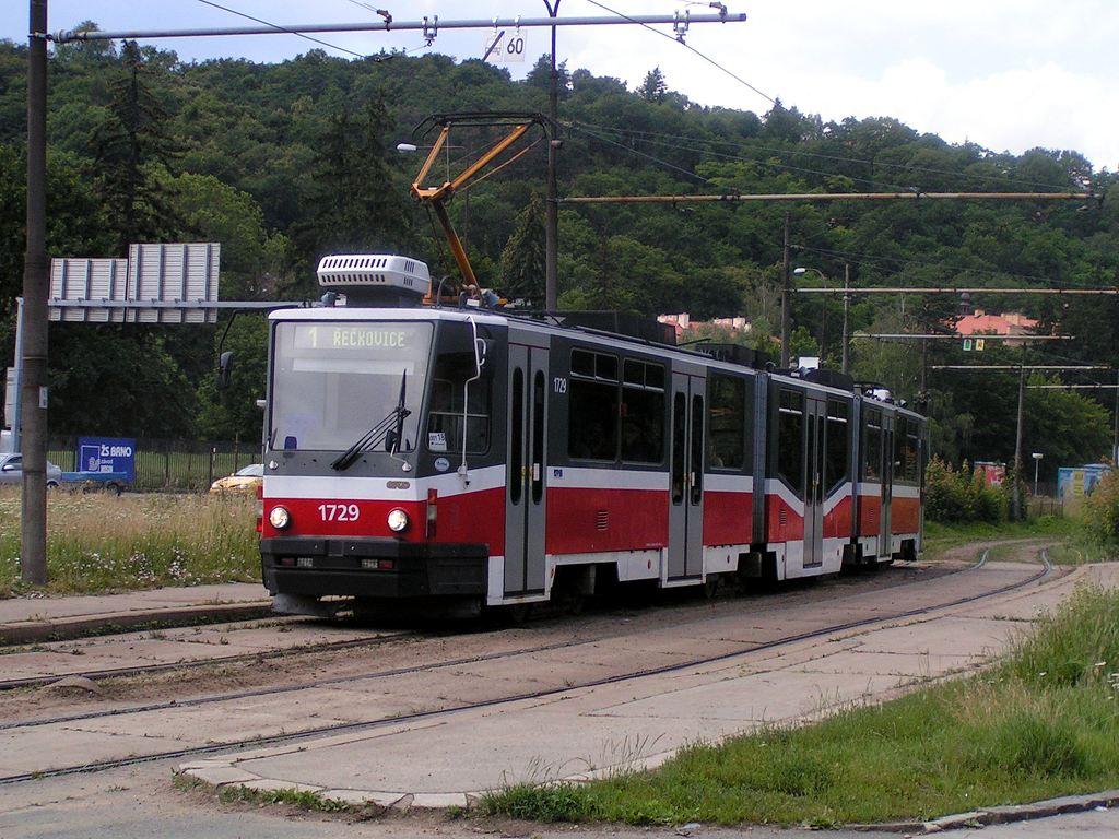 Fotogalerie » ČKD Tatra KT8D5N 1729 | Brno | Pisárky