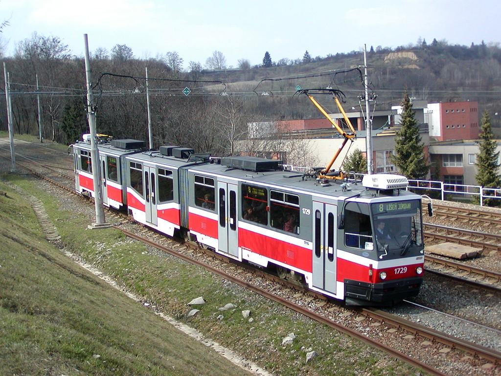 Fotogalerie » ČKD Tatra KT8D5N 1729   Brno