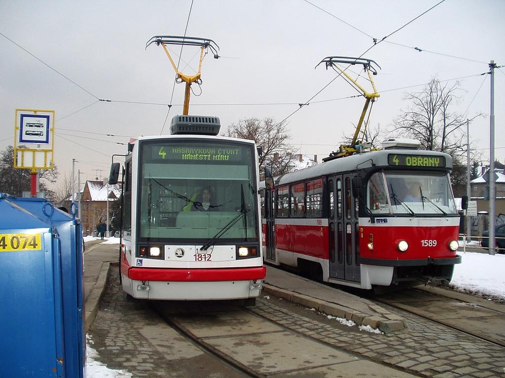 Fotogalerie » ČKD Tatra T3P 1589 | Škoda 03T6 1812 | Brno | Masarykova čtvrť | náměstí Míru | Náměstí Míru